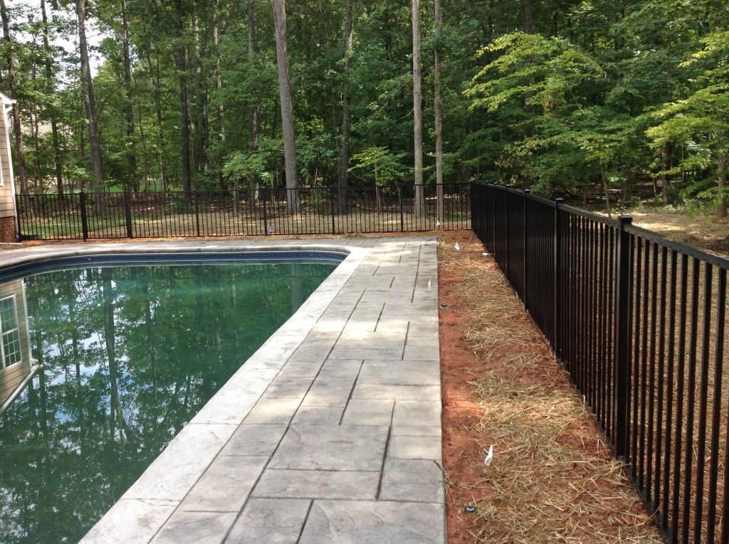 Pool Fence And Privacy Fence Installer Located In Richmond